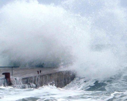 Calabria, mareggiate, maltempo, allerta meteo