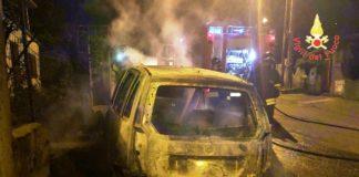 incendio autovettura comune di Vallefiorita (Catanzaro)