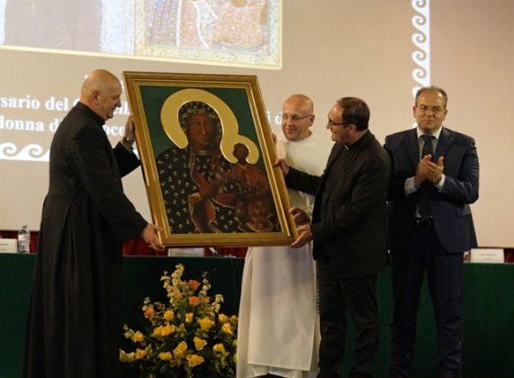 Affidato: consegna Icona della Madonna Polacca