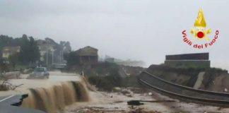 Alluvione 2015, Calabria, strade chiuse per frane e inondazioni