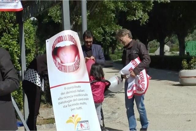 Catanzaro - Oggi 5 maggio in Piazza contro il tumore del cavo orale