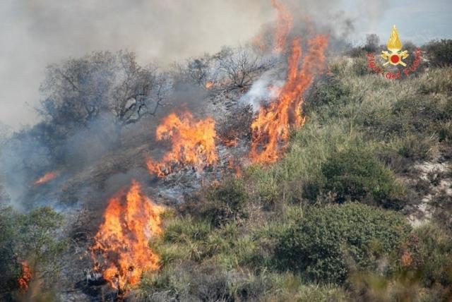 incendio Girifalco
