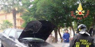 incendio autovettura ss 106 Davoli
