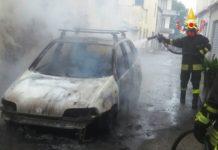 incendio autovettura