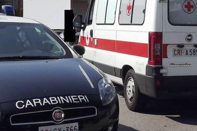 Carabinieri, ambulanza-min