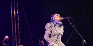 Loredana Bertè live-min
