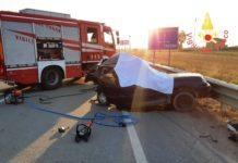 incidente stradale ss 106-min