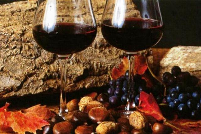 Vino novello e prodotti autunno