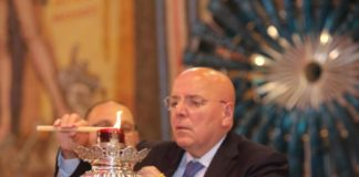 Mario Oliverio lampada votiva