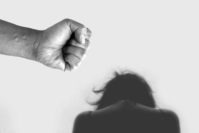 Violenza, donne, maltrattamenti