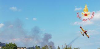 Vigili del Fuoco, incendio, bosco