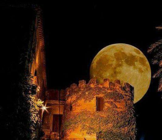 calabria-la-torre-di-notte