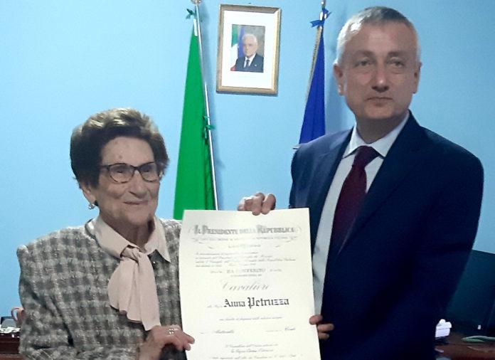 Cavaliere della Repubblica Italiana una Signora di Briatico a 90 anni