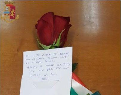 invio Rosa con Tricolore e biglietto alla Questura di Vibo Valentia