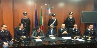 Cosenza Carabinieri misure cautelari per truffe on-line