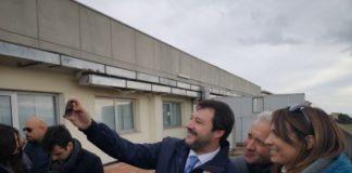 Matteo Salvini, selfie, fans