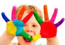 scuole, bambini e colori
