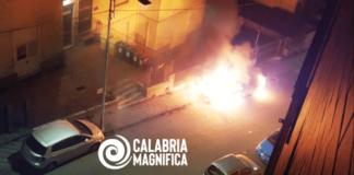 Catanzaro, auto in fiamme