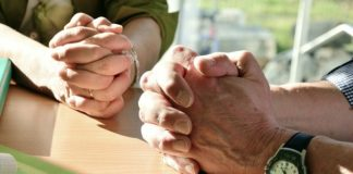 le mani, preghiera, fede