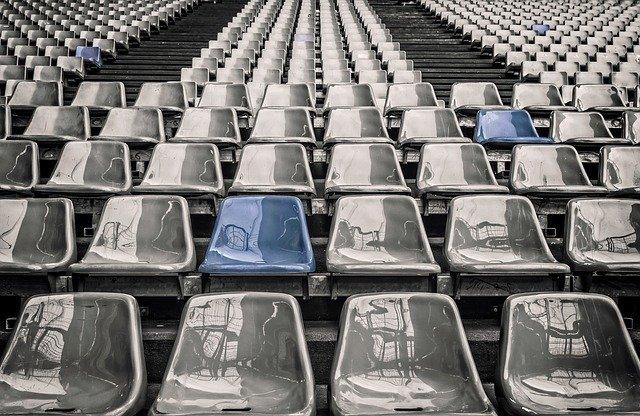 Calcio, Stadio, gradinate, tribuna