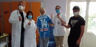 Magliette Serie A trasformate in camicioni ospedalieri