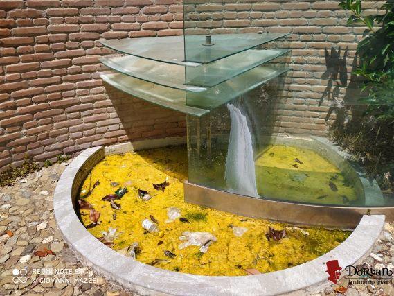 Dorian, stato abbandono fontana monumentale in piazza Franzì (Sambiase)