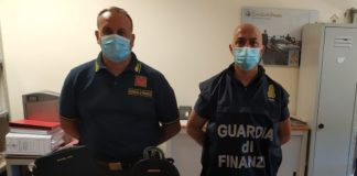 Guardia di Finanza Catanzaro lotta alla contraffazione