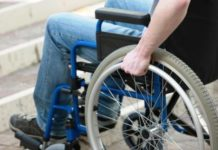 disabile, carrozzina
