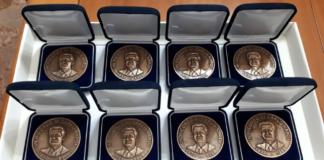 A Carlo Nardi, medaglia in bronzo commemorativa