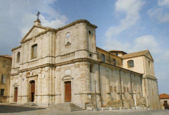 Squillace, Cattedrale dedicata a Santa Maria Assunta