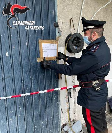 Carrozzeria abusiva a Gimiliano, sequestro Carabinieri Catanzaro