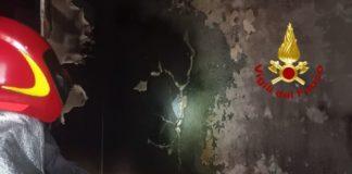 Santa Caterina sullo Ionio, incendio appartamento, Vigili del Fuoco