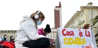 ritorno a scuola, scuola dad protesta Torino