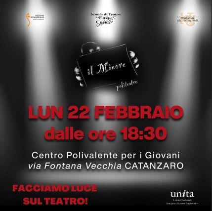 Teatro, manifestazione in via Fontana Vecchia, politeatro Il Minore