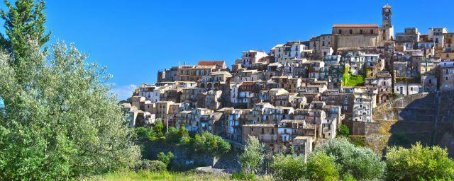 Borghi, Badolato in Calabria (e-borghi)