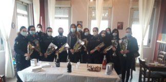 mimose alle donne poliziotto del Carcere di Catanzaro