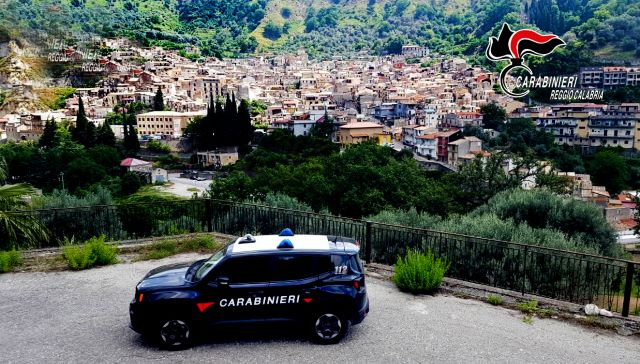 Mammola arresto Carabinieri Reggio Calabria