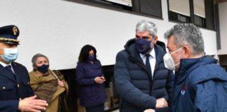 Spirlì al centro vaccinale di Reggio Calabria
