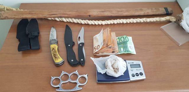 Catanzaro, arresti per spaccio e sequestro armi, Guardia di Finanza
