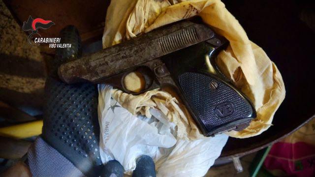 Arma clandestina, arresto Carabinieri Vibo Valentia