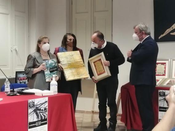 premio speciale a Nicola Gratteri