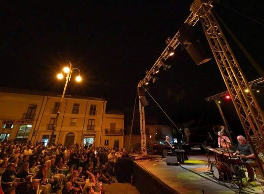 Cortale, spettacolo in piazza nel 2019