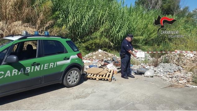 Lamezia Terme, smaltimento illecito rifiuti, Carabinieri Tutela Forestale